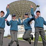 Escuelas contacto ISS a través de Elfordstown