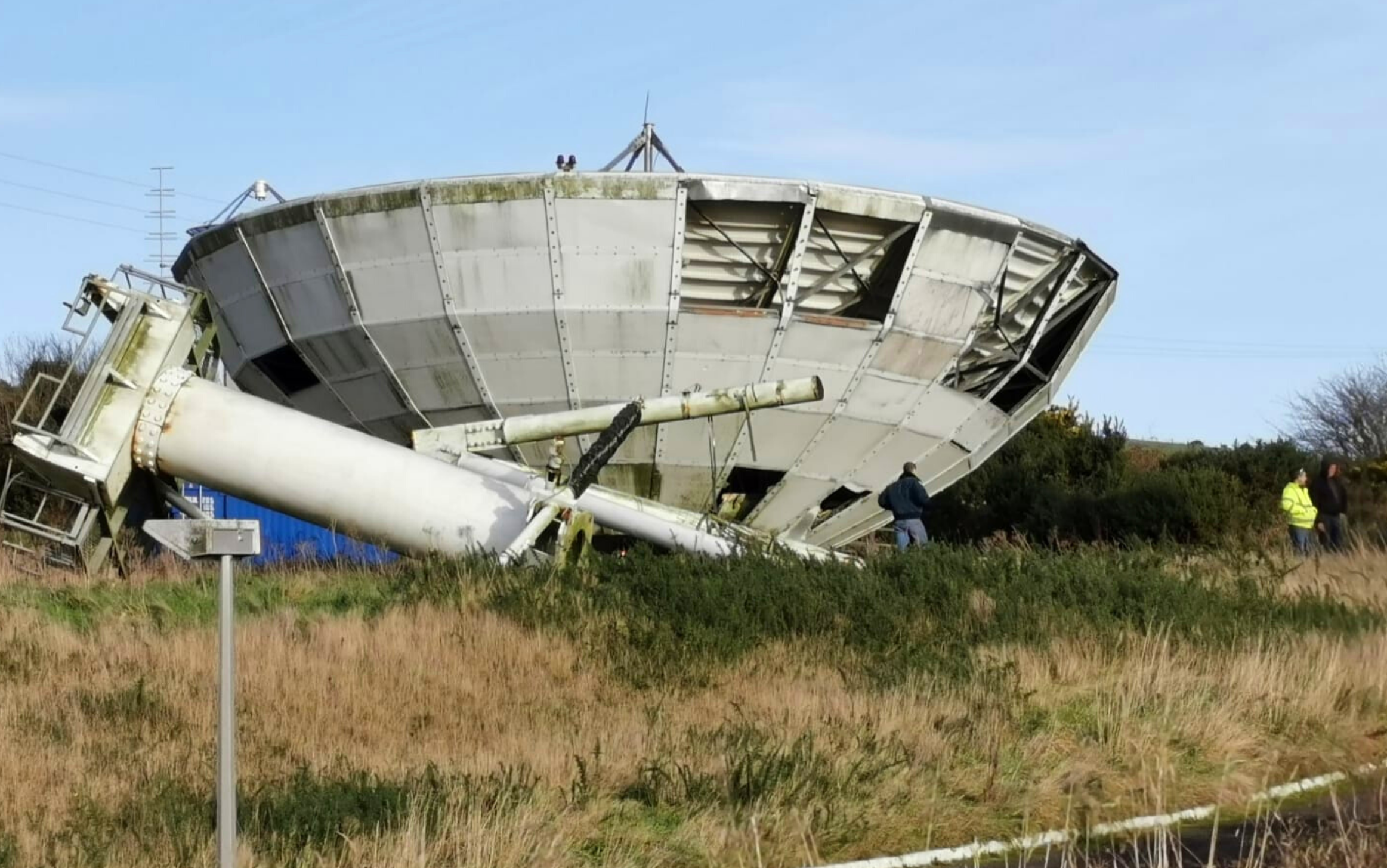Space Junk: Decommissioned Dish